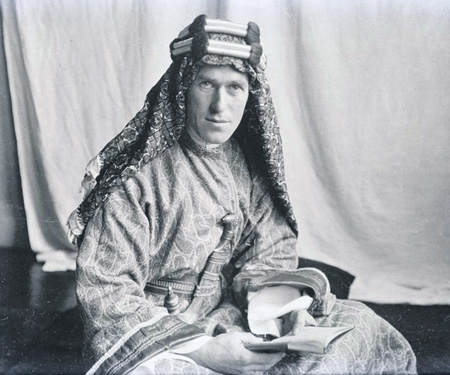 Британский разведчик  Лоуренс. Фото Лоуэлла Томаса. 1919 год
