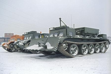 Вездеход, изготовленный на военном заводе в рамках конверсии. Фото РИА Новости