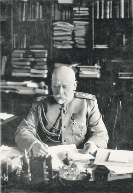 Военный министр В.А. Сухомлинов. Фото 1912 года