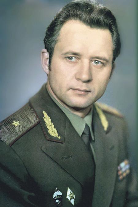 Генерал Владимир Степанович Краев запомнился многим как один из лучших командующих 36-й армией. Фото 1980-х годов
