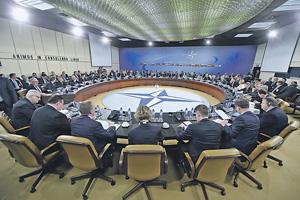 Североатлантический альянс все чаще обсуждает проблемы глобального характера. Фото с официального сайта НАТО