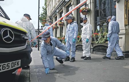 Теракт в Лондоне унес 7 жизней, еще 48 человек пострадали. Фото Reuters
