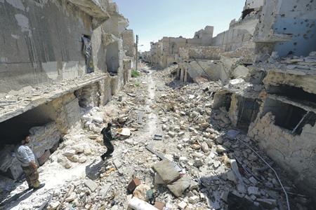 Развалины Восточного Алеппо ужасают.   Фото Reuters