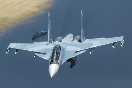 Многофункциональные истребители Су-30СМ позволят решать в Арктике широкий круг задач. Фото из архива «НВО»